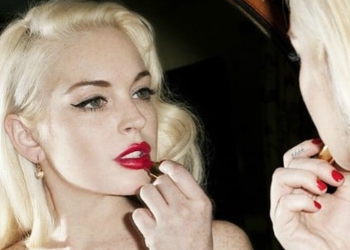 Lindsay Lohan's Fans Demand She Release 'Xanax' Now — 'It's A Hit, What Are You Waiting For?'