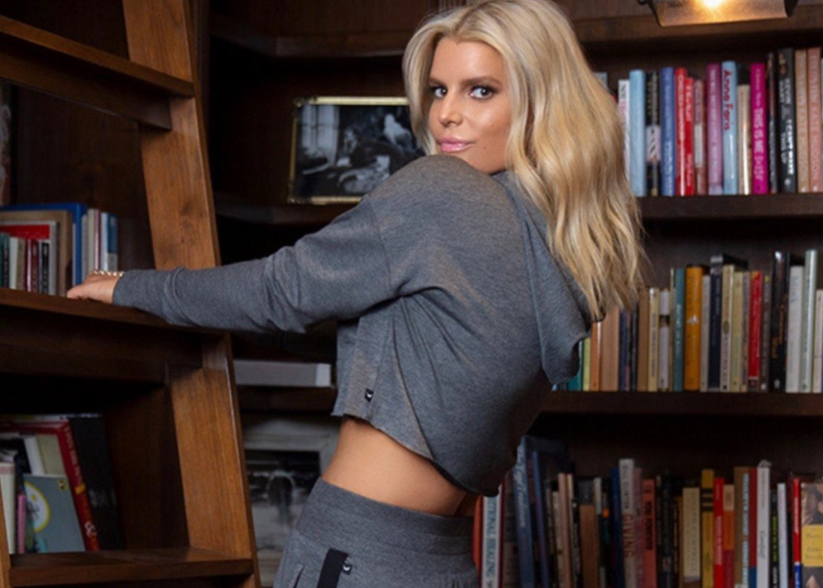 Jessica Simpson Models Her New Fall Collection — Cropped Hoodie And Gorgeous Boots!