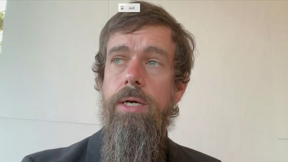 Twitter's Dorsey raises eyebrows with 'wizard' beard & comment that Holocaust denial doesn't violate 'misinformation' policy