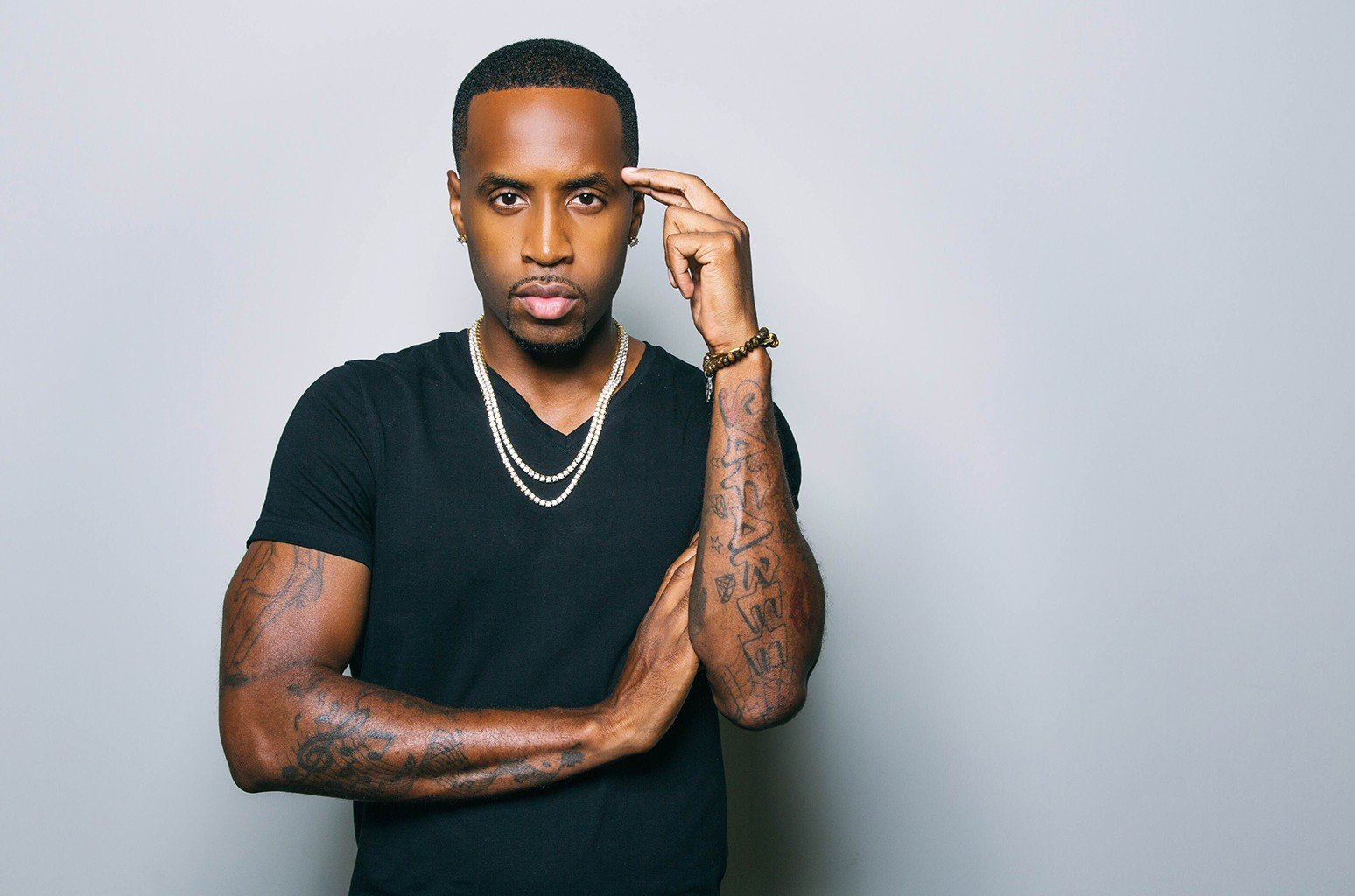 Safaree Shows Off His Latest Piece Of Jewelry – See The Video