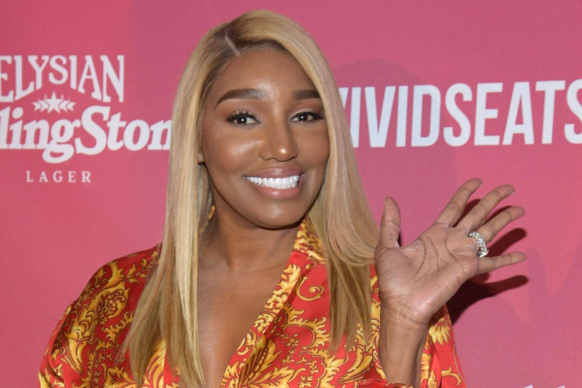 NeNe Leakes Surprises Fans: 'The Linnethia Lounge!'