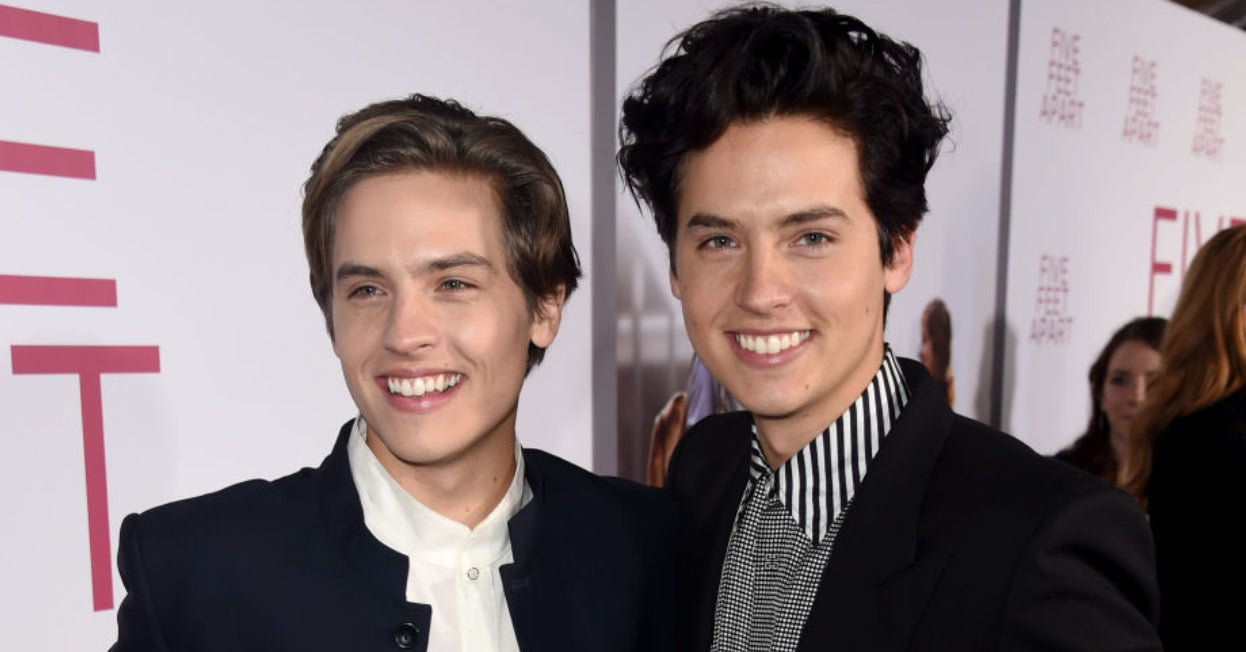 Dylan Sprouse Found Out Which Sprouse Twin He *Actually* Is And Now You Can Too