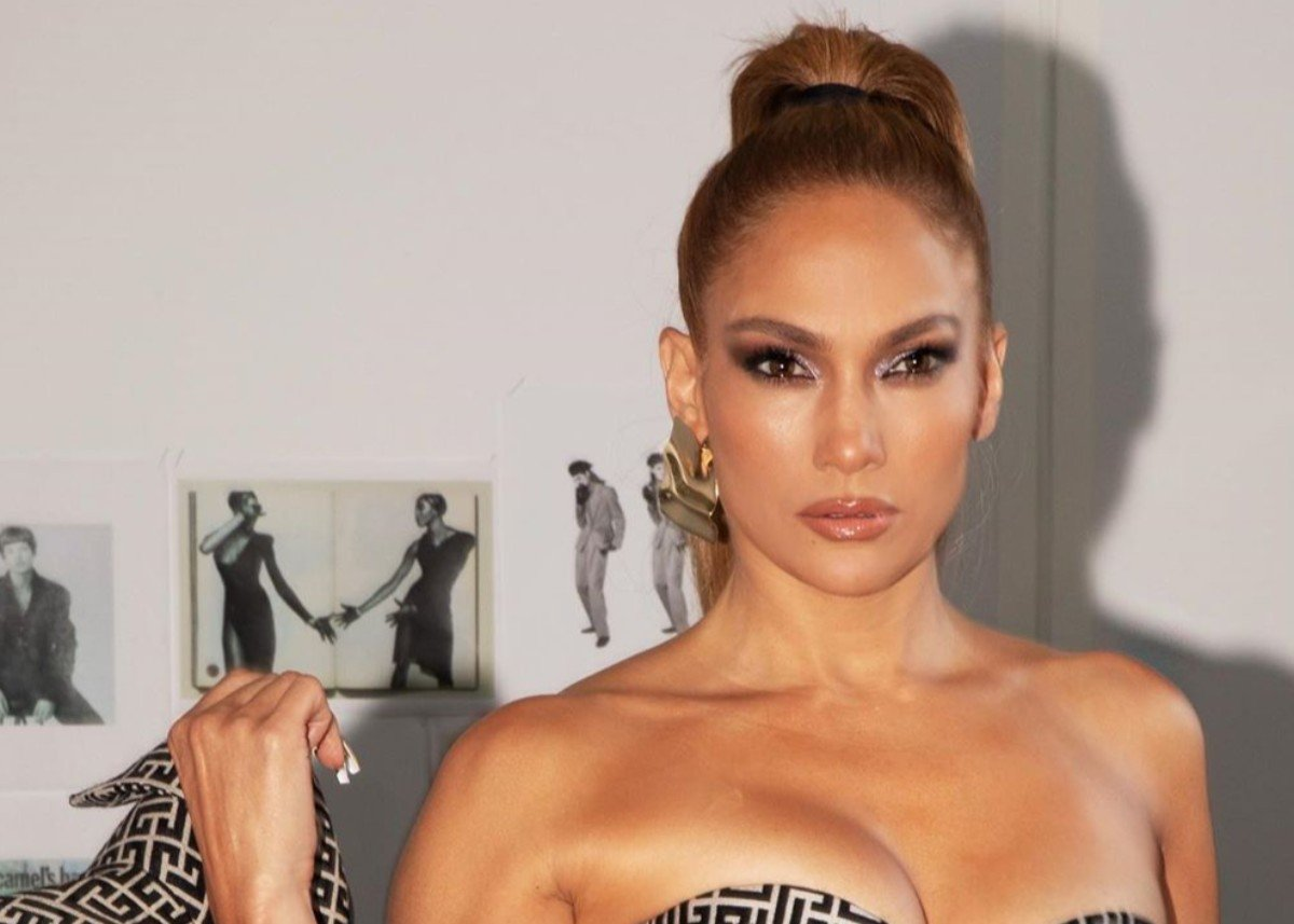 Jennifer Lopez Flaunts Her Striking Curves In Balmain — See The Stunning Photos