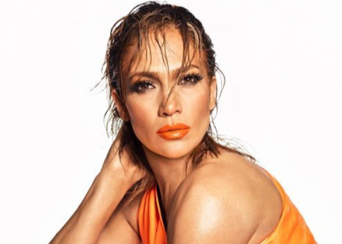 Jennifer Lopez Is Ravishing In Balmain X Puma