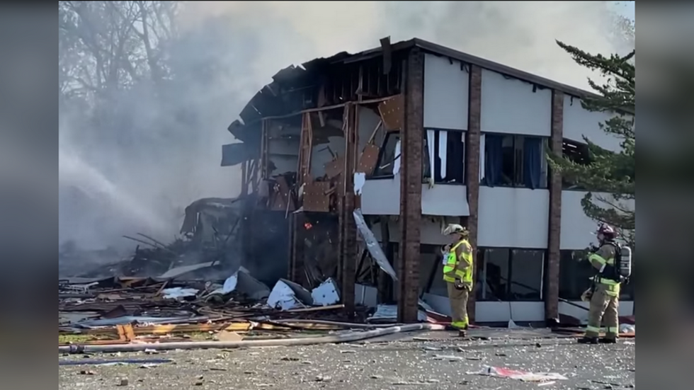 'Explosion' & huge fire in Harrisonburg, Virginia leaves at least three injured (VIDEOS)