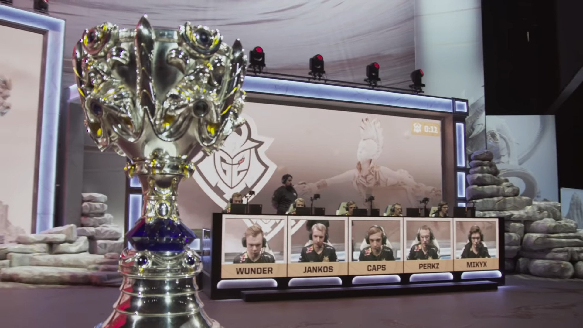 2020 League Of Legends World Championship's Pick'ems Have 230 Fans Left For A Perfect Prediction