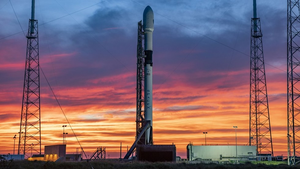 Space X launch aborted TWO SECONDS before launch, days after Starlink mission failure