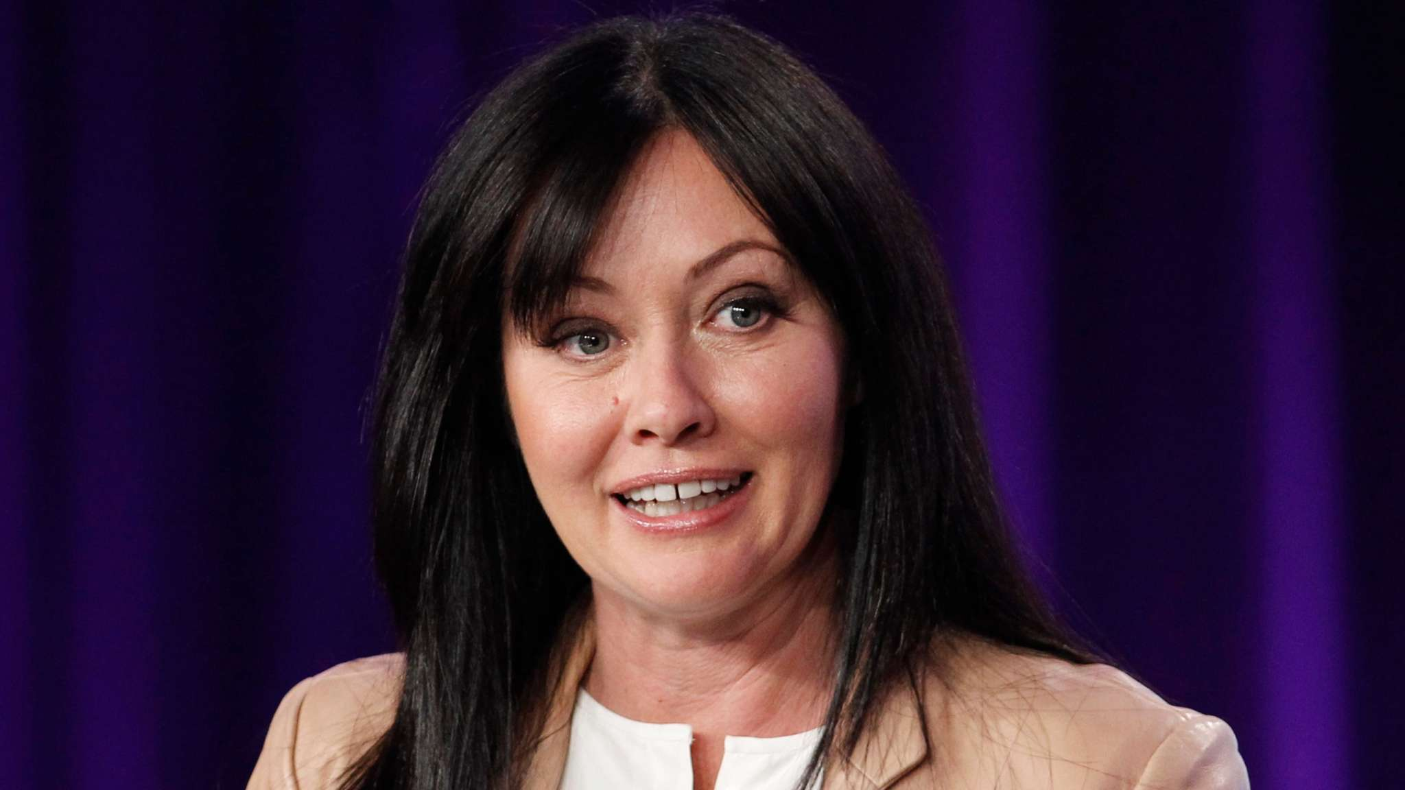 Shannen Doherty Gives Her Opinion On Charmed Feud Between Old And New Cast