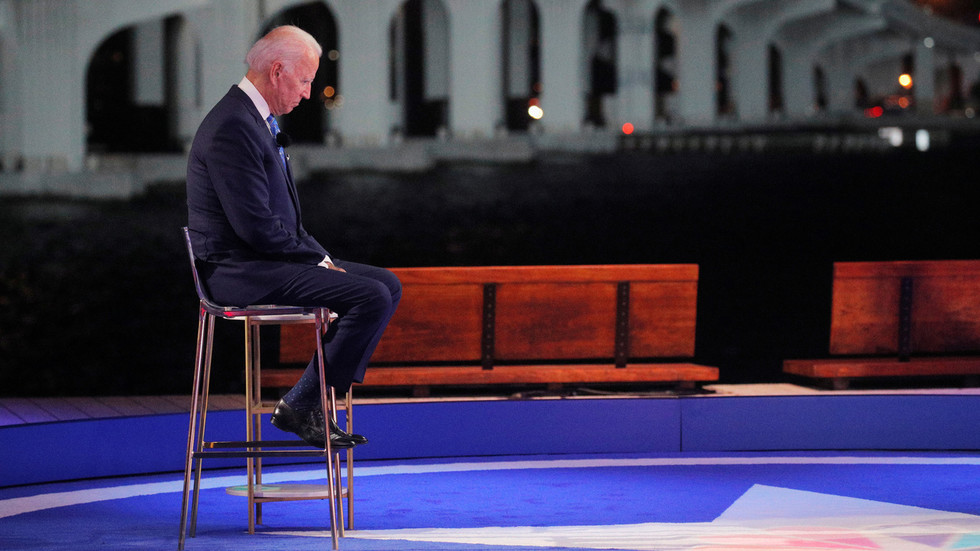 SNL host pooh-poohed for 'irresponsibly' joking that not much will change in US under Biden