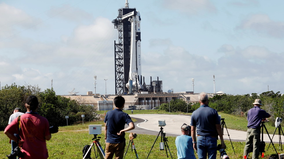Crewed SpaceX launch DELAYED due to 'winds and recovery operations' – NASA