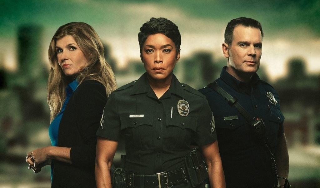 """Connie Britton, Angela Bassett and Peter Krause of """"9-1-1"""""""