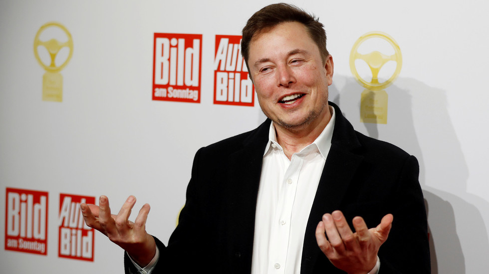 Professor calls Elon Musk 'Space Karen' for his complaints about 'bogus' coronavirus tests