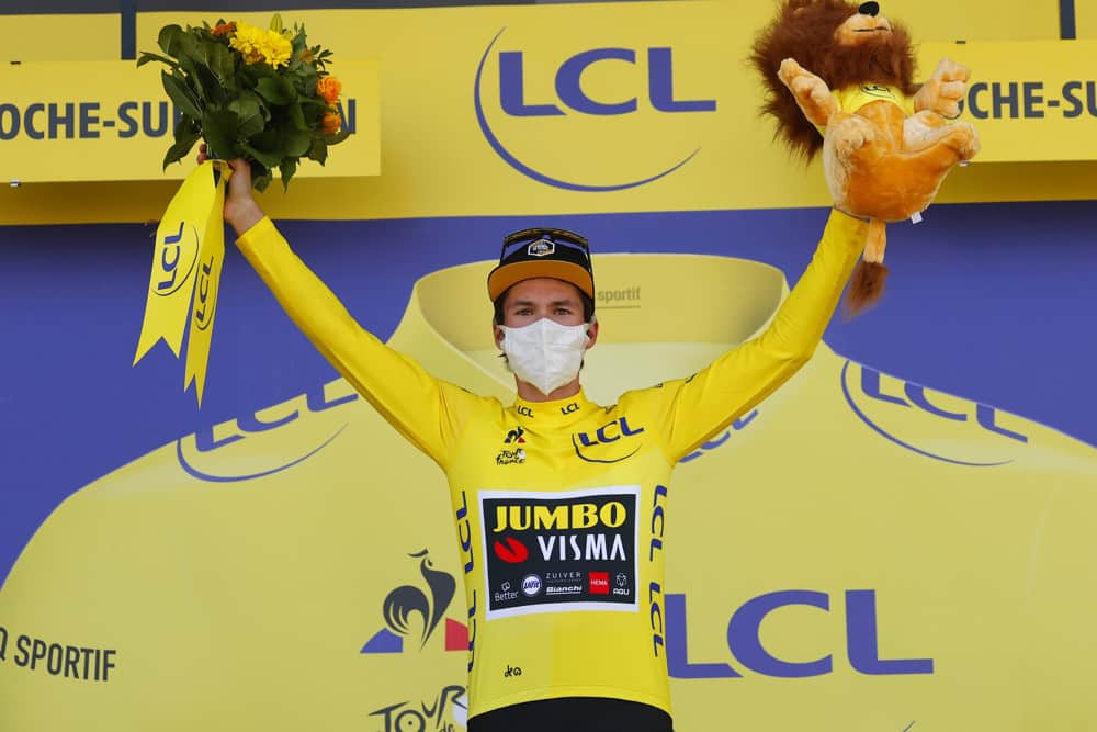 Primoz Roglic Successfully Defends La Vuelta Title, Holds Off Richard Carapaz in Finish