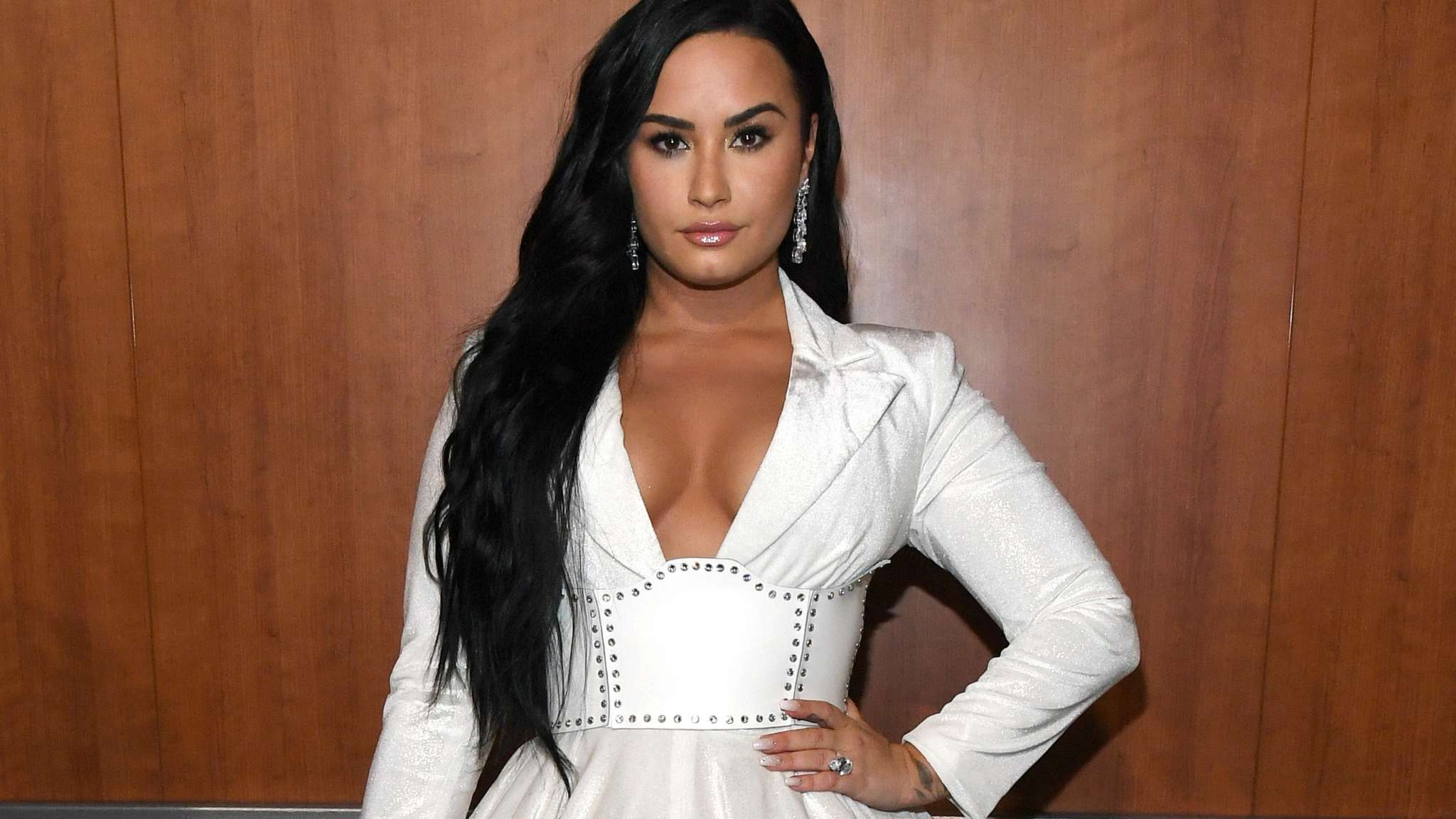 Demi Lovato Says That People's Choice Awards Have 'Always Meant The Most' To Her As She Gets Ready To Host The Show – Here's Why!