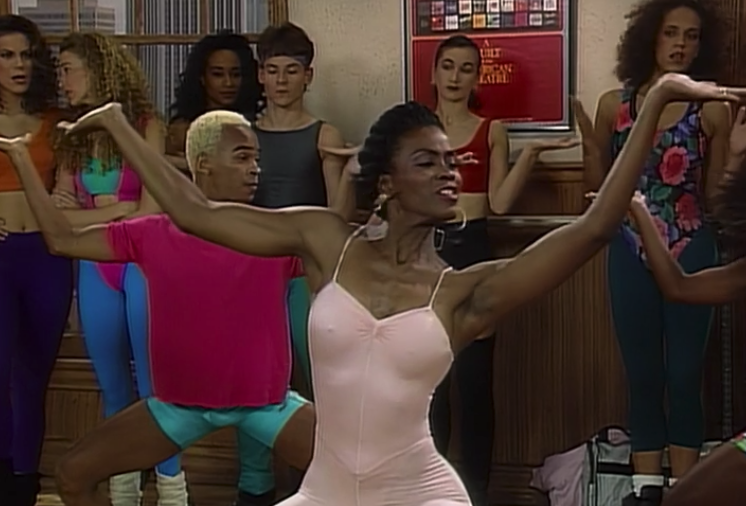 "Aunt Viv happily dancing in class in the ""The Big Four-Oh"" episode"