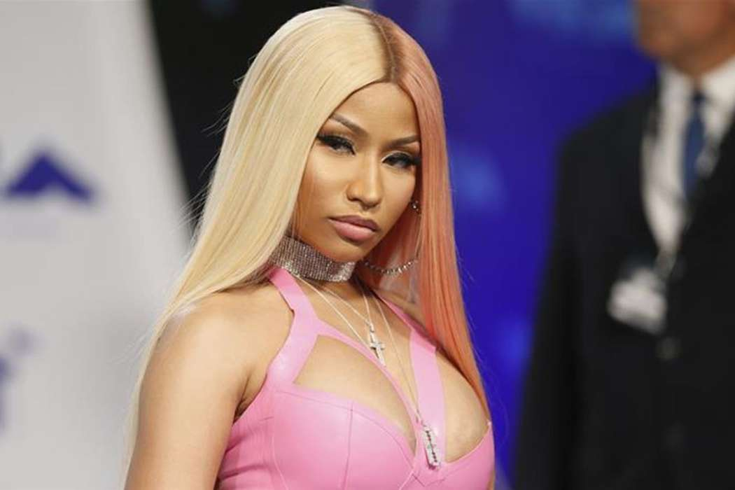 Nicki Minaj Shares Selfie But With Husband Kenneth Petty Removed – Fans Ask Why?