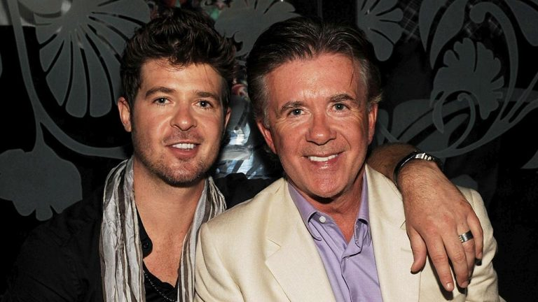 Robin Thicke Remembers His Dad Alan Thicke On The 4th Anniversary Of His Death!