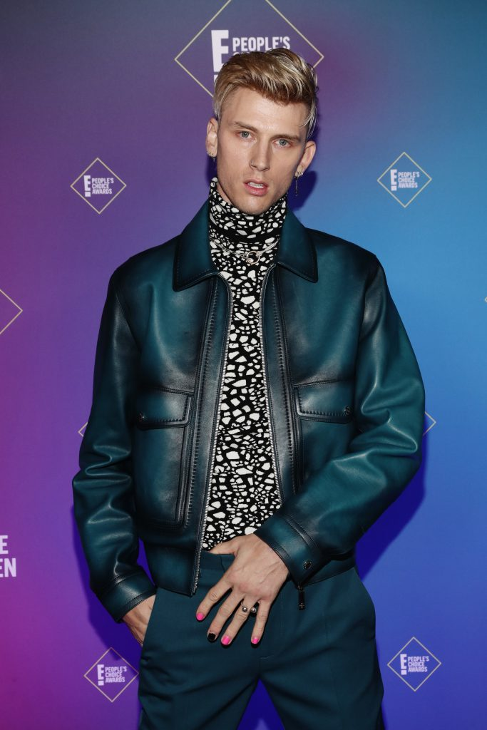 Machine Gun Kelly attends the 2020 E! People's Choice Awards held at the Barker Hangar in Santa Monica, California and on broadcast on Sunday, November 15, 2020